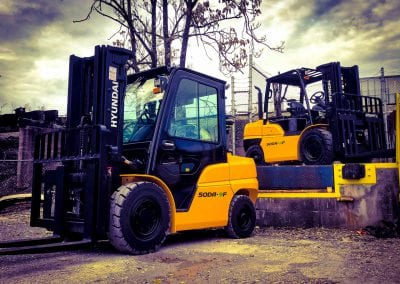 two diesel engine Hyundai forklifts