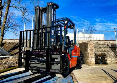 7,000 pound UniCarriers Forklift